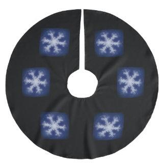 White on Blue Snowflake Brushed Polyester Tree Skirt