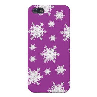 White on Purple Snowflake Design iPhone SE/5/5s Cover