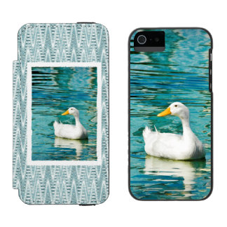 White Pekin Duck  - Nature Photo in Reflections iPhone SE/5/5s Wallet Case