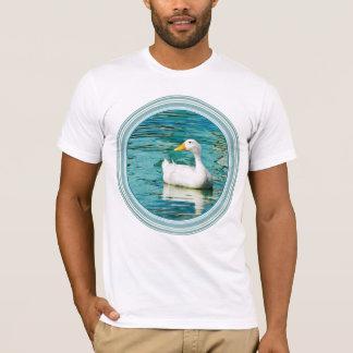 White Pekin Duck  - Nature Photo in Reflections T-Shirt