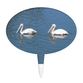 white pelican couple cake pick