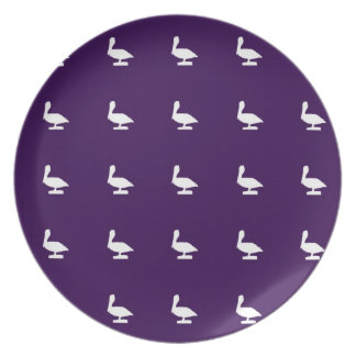 white pelicanes party plate