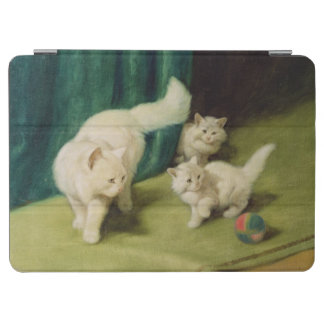 White Persian Cat with Two Kittens iPad Air Cover