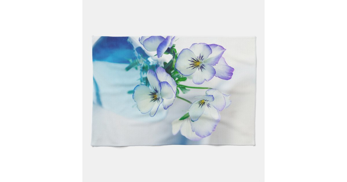 white vase towel 2560x1440 - photo #5