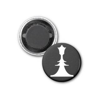 white queen 1 inch round magnet
