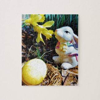 White Rabbit, yellow Easter egg Puzzle