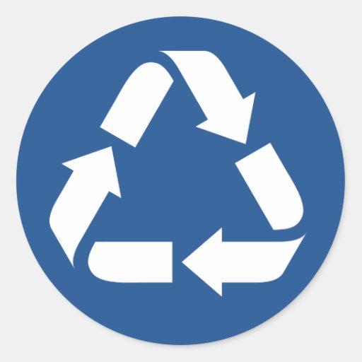 White recycle symbol on dark blue background round sticker