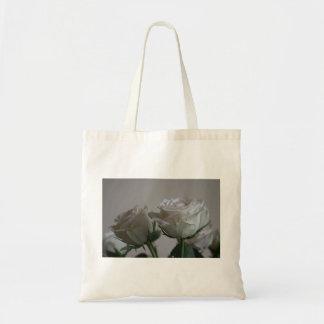White roses budget tote bag