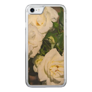 White Roses in Bloom - Flower photography Carved iPhone 7 Case