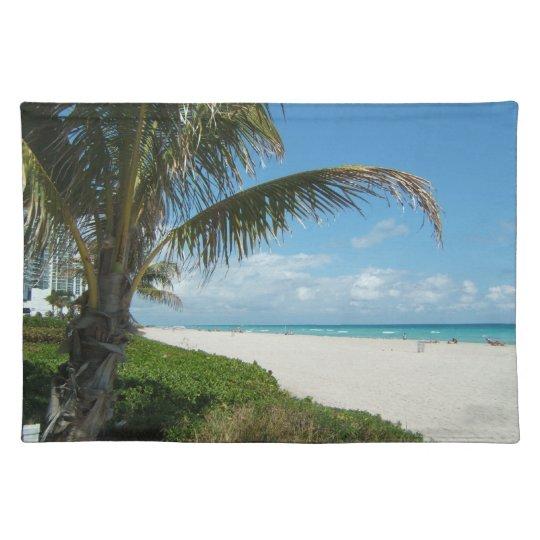 White Sand Beach w/Palm Placemat