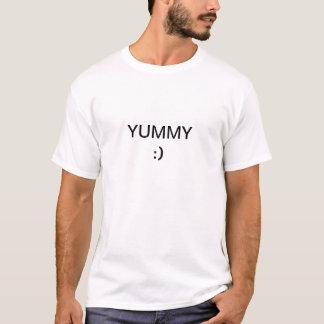 White t-shirt that says yummy