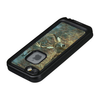 White Tail Ten Point Buck LifeProof FRĒ iPhone SE/5/5s Case