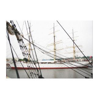White tall ship - Canvas