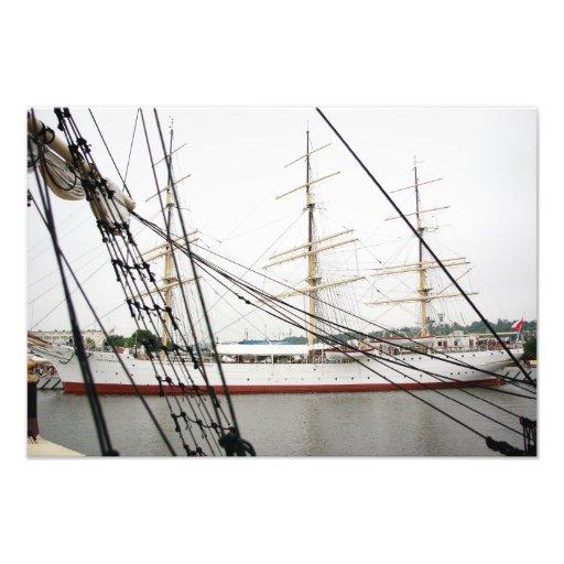White tall ship - Photo