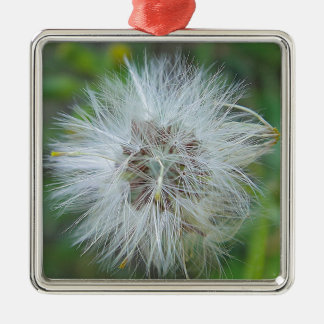 White, tender game flower metal ornament