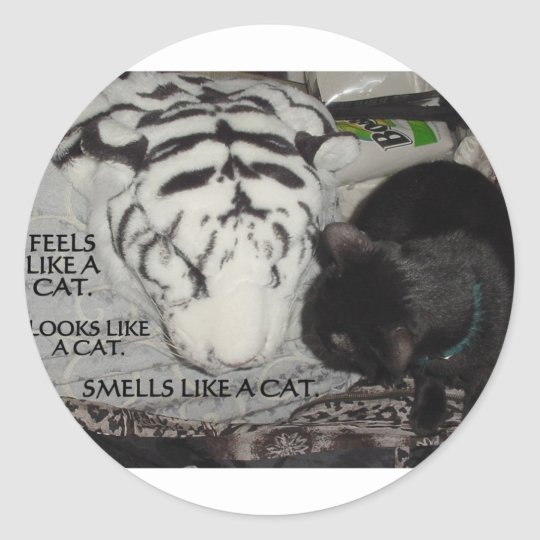 WHITE TIGER AND BLACK CAT CLASSIC ROUND STICKER