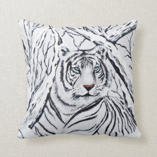 White Tiger Blending In Throw Pillow