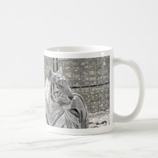 white tiger looking right bw sparkle mugs