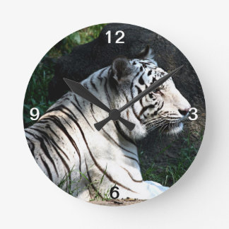 White tiger round clock