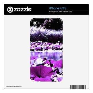 White Water Lotus in Violet iPhone 4 Skins