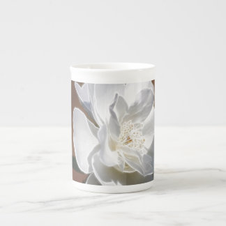 White wedding rose and its meaning tea cup