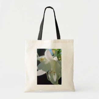 white White Lily flowers Budget Tote Bag