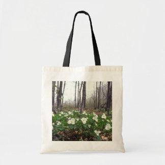 white White Trillium flowers Budget Tote Bag