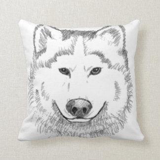 White Wolf Cojines