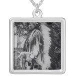 White Wolf, jefe del Comanche, c.1891-98 Colgante Cuadrado