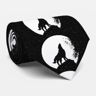 White Wolf negro y silueta de la luna Corbata