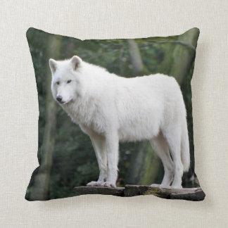 White Wolf salvaje Almohadas