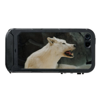 White Wolf Waterproof iPhone SE/5/5s Case