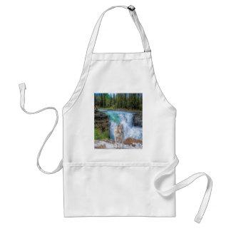 White Wolf y arte de la fauna de la cascada de la  Delantal
