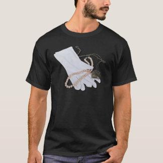 WhiteGlovesPearlsHeartLocket082611 T-Shirt