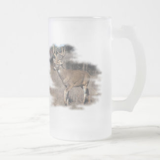 Whitetail deer in the field frosted glass beer mug