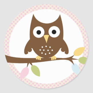 {whooo is having a baby?} classic round sticker