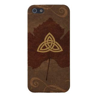 Wicca Rustica: Celtic Autumn iPhone 5/5S Cases