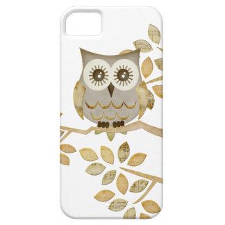 Wide Eyes Owl in Tree Case iPhone 5 Case