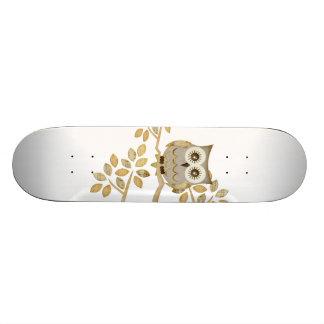 Wide Eyes Owl in Tree Skateboard