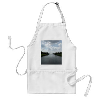 Wide open spaces adult apron