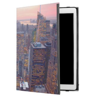 Wide view of Manhattan at sunset iPad Pro Case