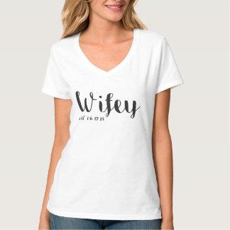 Wifey y camiseta de encargo de la luna de miel del