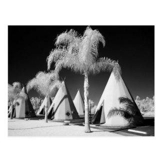 Wigwam Motel, Route 66, Rialto, California Postcards