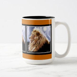 Wild African Lion Animal-lovers Big Five Two-Tone Coffee Mug