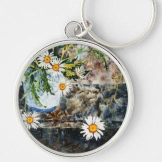 """Wild Daisies on a Shelf"" Floral Keychain"