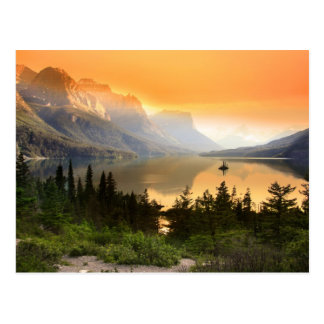 Wild goose island in Glacier national park Postcard