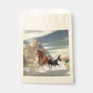 Wild horses runnning favor bags