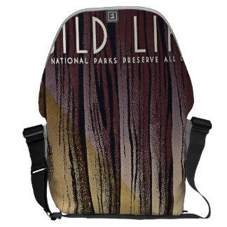 Wild Life - The National Parks preserve all Life. Messenger Bag