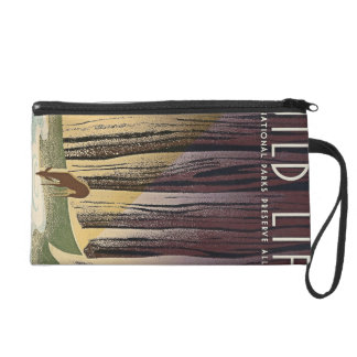 Wild Life - The National Parks preserve all Life. Wristlet Purse