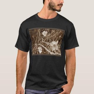 Wild Roses (Dark Apparel) T-Shirt